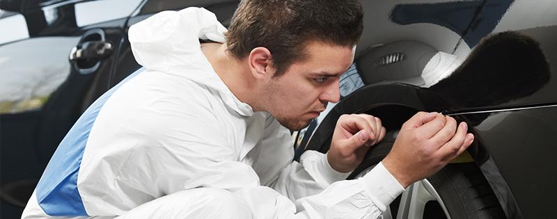 plastreparasjoner på bil